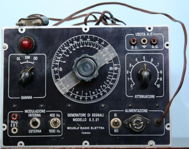 generatore di segnali modello s.e. 21